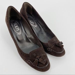 Tod's suede brougue-accented brown pumps